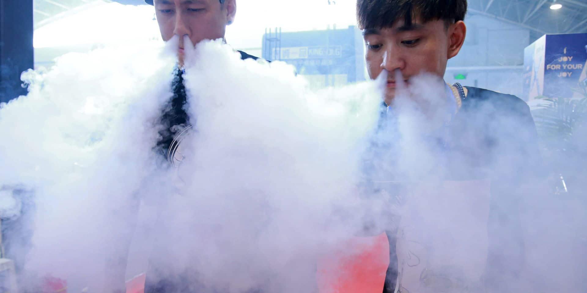 Quatre fumeurs sur dix opteraient pour le vapotage