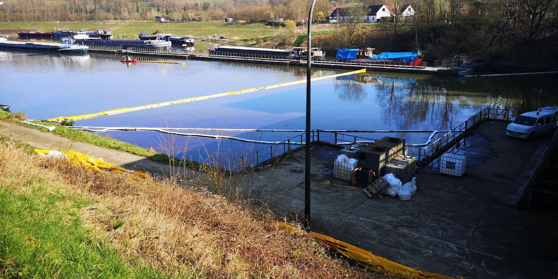 Pollution du canal à Ittre: NLMK en serait bien le responsable!
