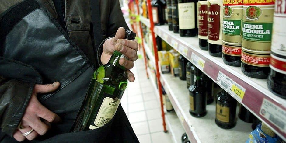 Isabelle Lambert a sombré dans l'alcool après le décès de son fils