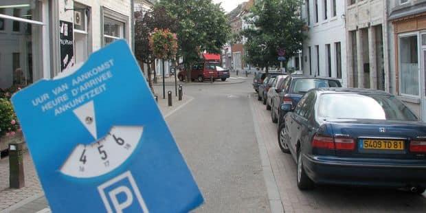 Bientôt des parkings payants à Waterloo ? - La DH