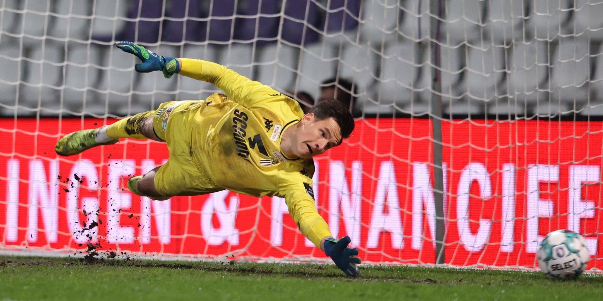 Le gardien Rémy Descamps quitte Charleroi pour le FC Nantes