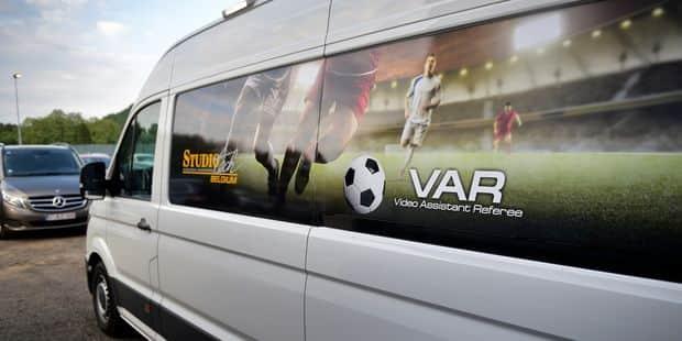 """Le VAR en Pro League est-il en partie bancal? """"Il n'y a pas de ligne sur l'image pour juger les hors-jeux"""" - La DH"""