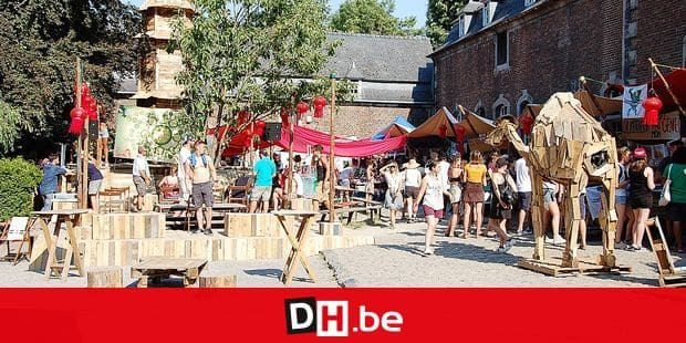 "Le Village des possibles regroupent une serie d'associations. on the picture regarding the Belga article ""Esperanzah! demarre en force avec un nombre de festivaliers superieur a 2017"", 03/08/2018 21:59, in NAMUR. BEST QUALITY AVAILABLE - BELGA PHOTO LOUISE DOUMONT"