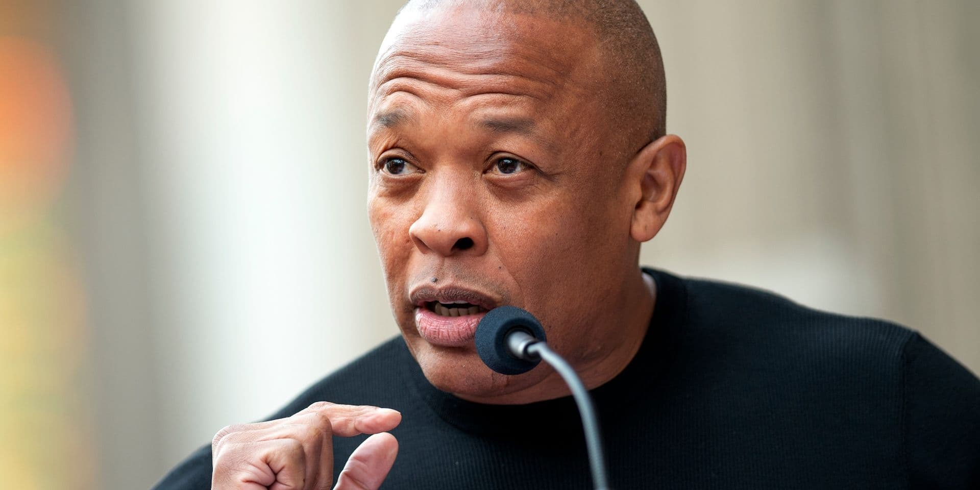 """Hospitalisé, le rappeur Dr. Dre rassure ses fans: """"Je vais bientôt rentrer  chez moi"""" - DH Les Sports+"""