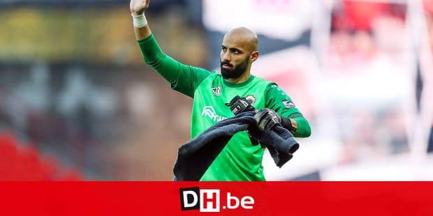 Antwerp's goalkeeper Sinan Bolat pictured after the soccer match between Standard de Liege and Royal Antwerp FC, Sunday 04 November 2018 in Liege, on the 13th day of the 'Jupiler Pro League' Belgian soccer championship season 2018-2019. BELGA PHOTO BRUNO FAHY