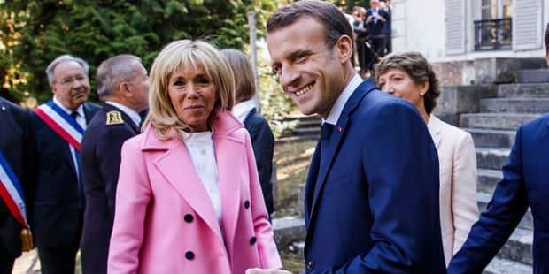 Pourquoi Brigitte Macron s'habille-t-elle toujours en Louis Vuitton? - La DH