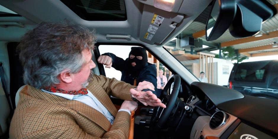 La Louvière: deux individus interpellés après une tentative de car-jacking