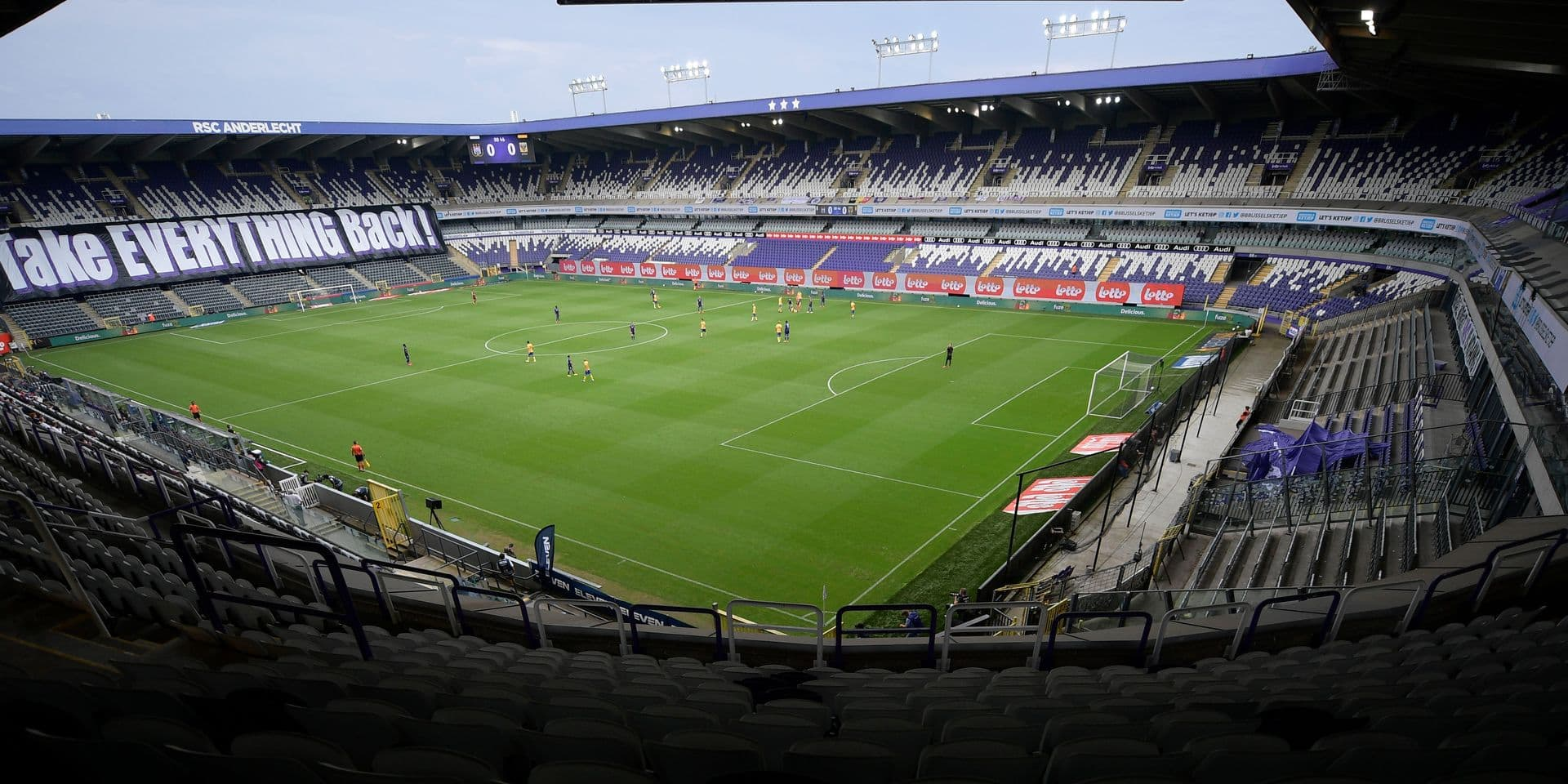 Avec le huis clos, nos clubs vont encore perdre trois millions d'euros