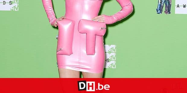 Miley Cyrus attends the 2015 MTV Video Music Awards at Microsoft Theater on August 30, 2015 in Los Angeles, California. Photo by Lionel Hahn/AbacaUsa.com Reporters / Abaca