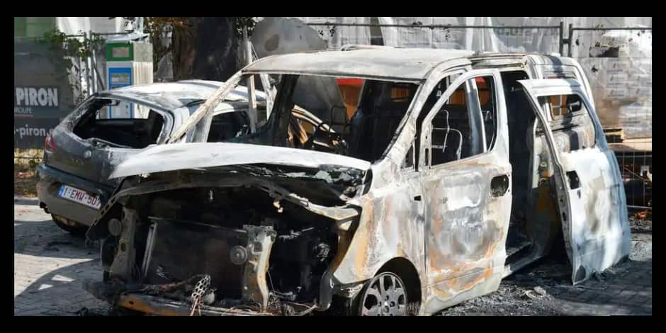 Engis: une voiture incendiée