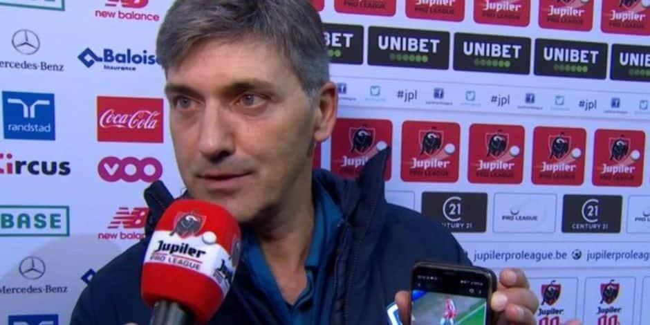 Felice Mazzù s'emporte contre l'arbitrage après Standard-Genk: il sort son smartphone pour montrer que la défaite n'est pas méritée