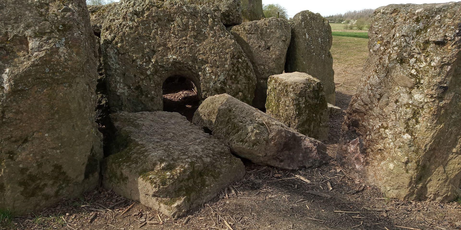 Le dolmen d'Oppagne dégradé : la ministre du Patrimoine dépose plainte