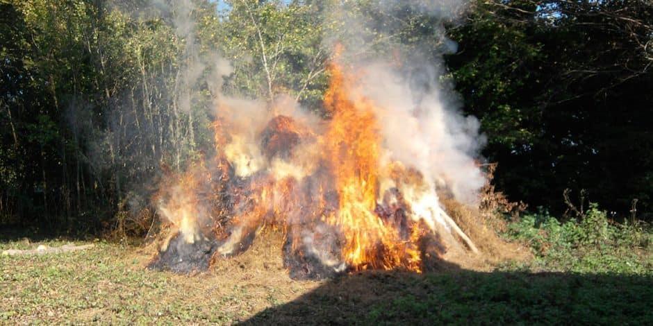 Les feux interdits à Somme-Leuze et Rochefort