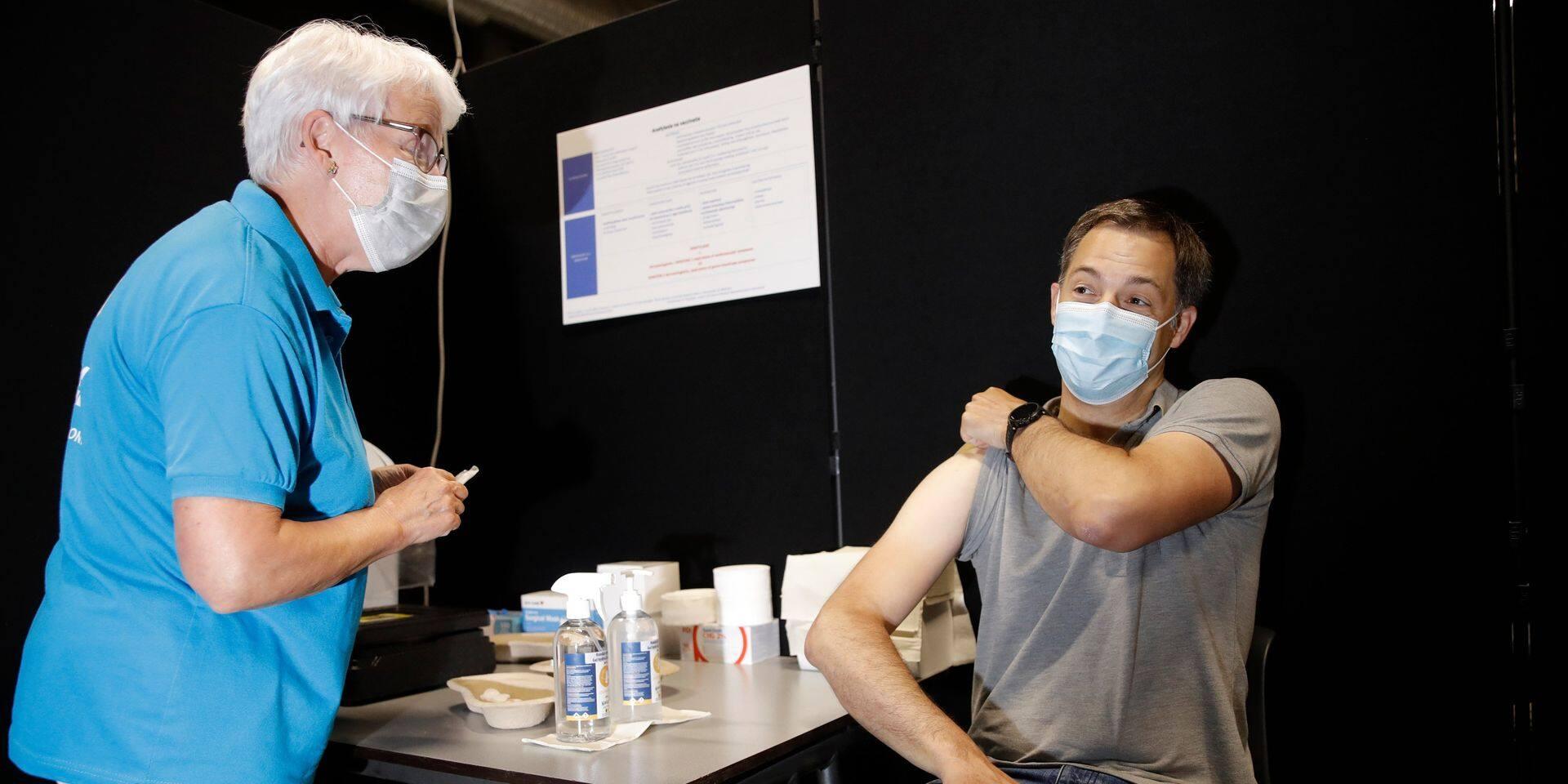 Vaccin obligatoire: qui en veut, qui n'en veut pas ? Nos partis sont divisés, le MR adopte une position trouble