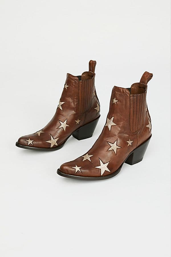 Mexicana Reach for the stars. Dispo sur le site Free People.     375,56 euros.