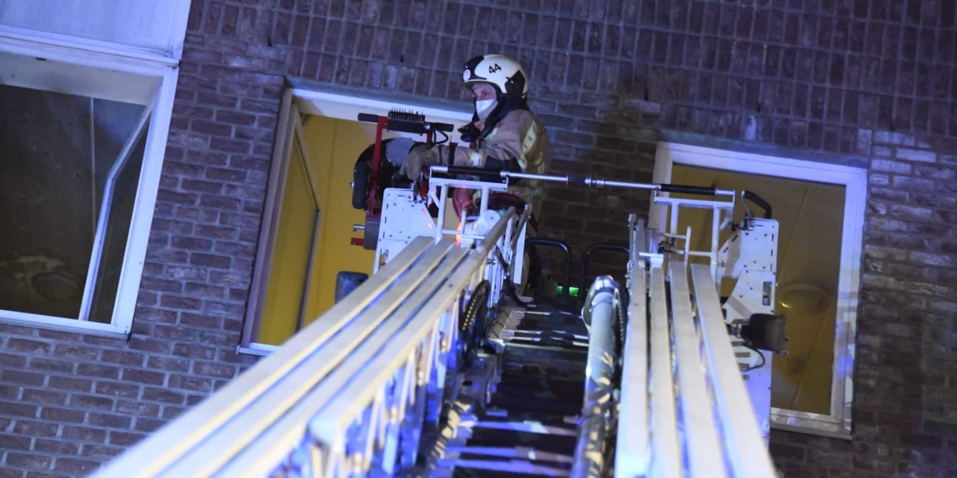 Incendie dans une maison de retraite à Anderlecht, dix résidents hospitalisés