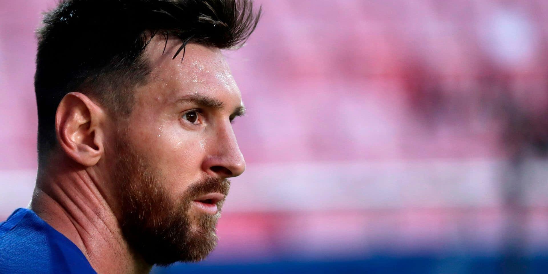 La photo qui fait le tour de la toile: Lionel Messi totalement désemparé après le naufrage de son équipe