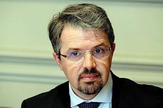 Frédéric Van Leeuw. Reste procureur fédéral