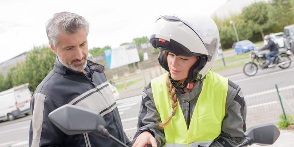 La moto n'est plus seulement une affaire d'hommes! 5e4bd8a99978e23106835370