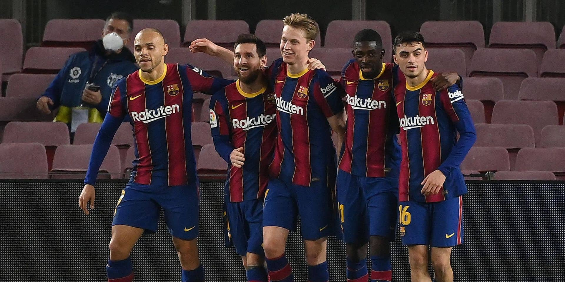 Barcelone se reprend contre Elche (3-0) et repasse à la 3e place