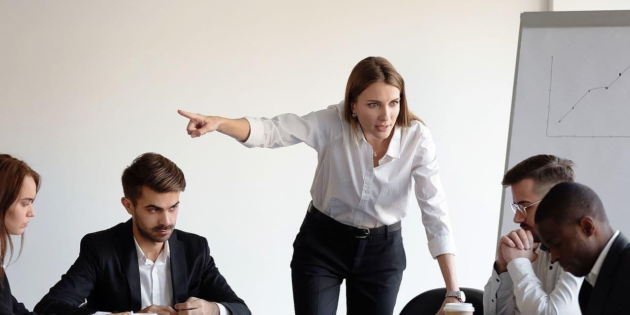4 Belges sur 10 changent de job à cause de leur boss