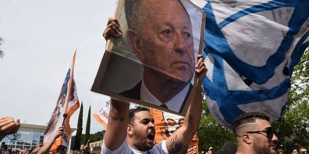 L'OL porte plainte contre Marseille suite au chant de ses supporters qui vise Jean-Michel Aulas - La DH