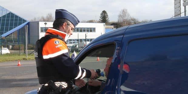 Vaste opération de contrôles dans le Borinage : 6 véhicules saisis, 11 retraits de permis et 25.840 euros d'amendes - La...