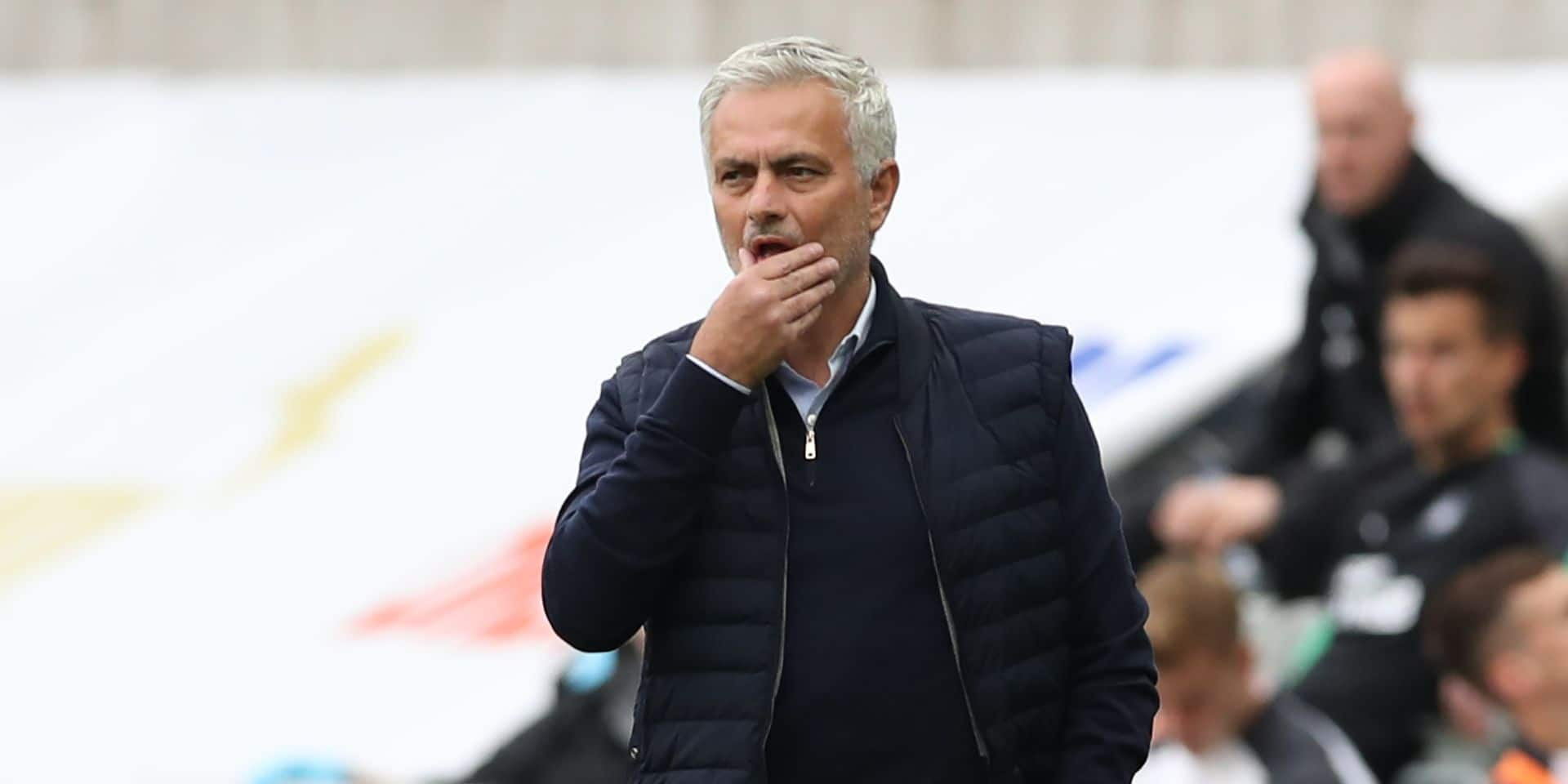 """José Mourinho s'emporte en conférence de presse: """"On dirait que je suis le seul à devoir jouer avec 15 joueurs"""""""