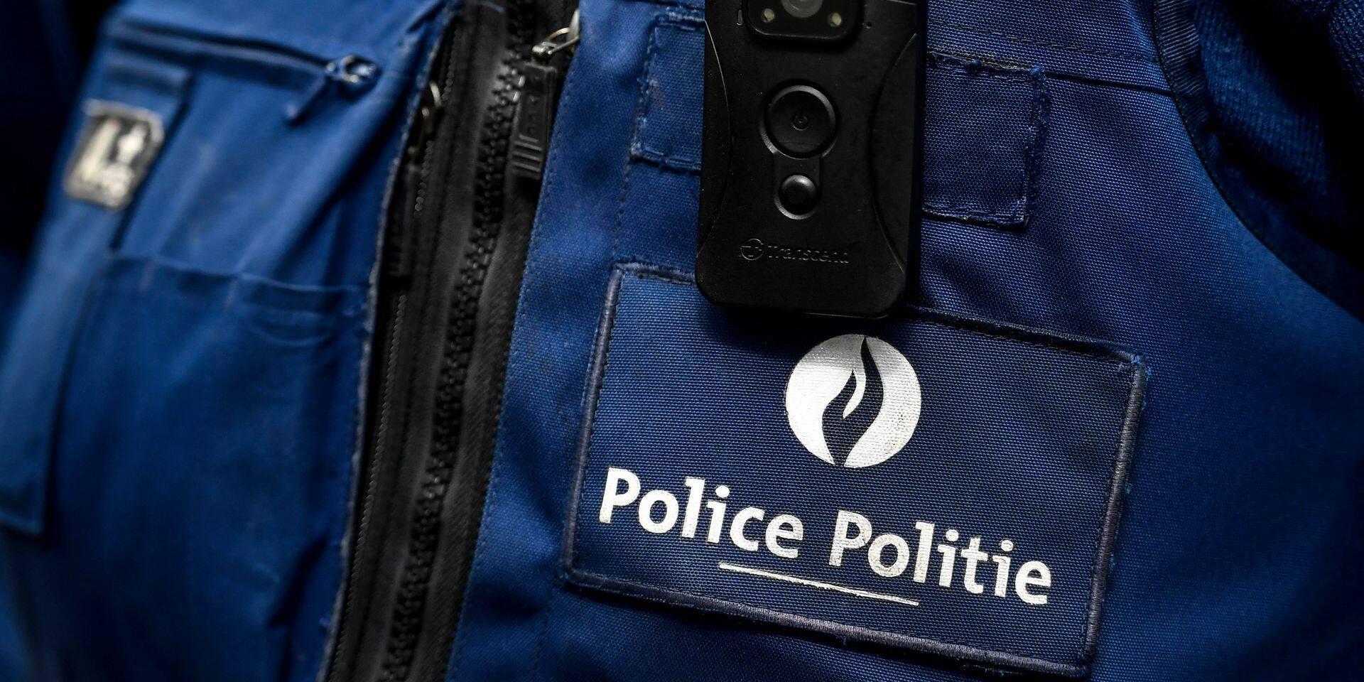 Découverte suspecte: un corps retrouvé dans un parc à Beveren