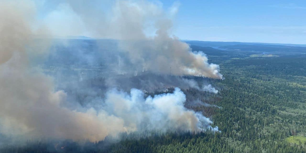Canada: les incendies continuent à faire rage dans l'Ouest