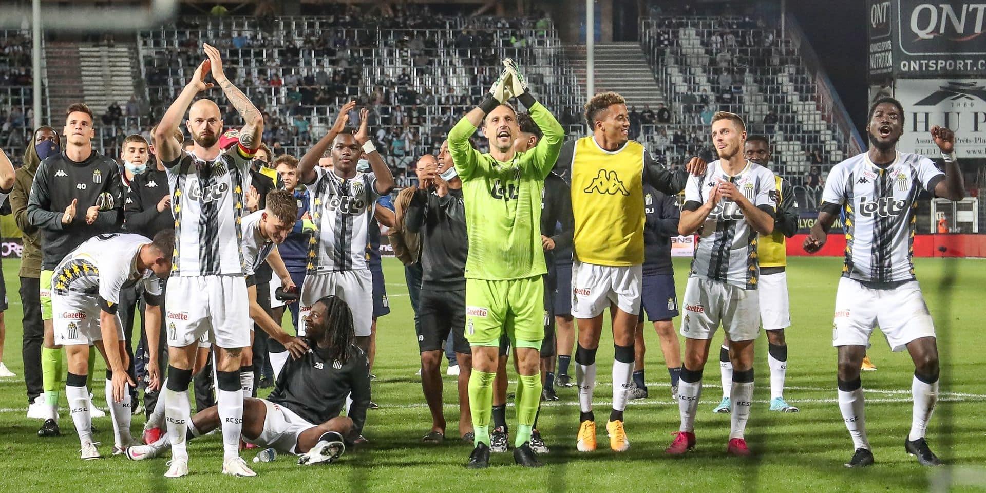 """""""Charleroi mérite sa première place"""": les réactions après Charleroi-Beerschot"""