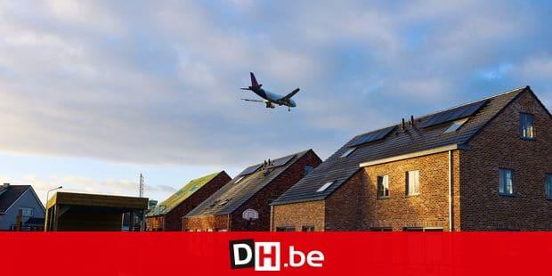 Brussels Airport aéroport Zaventem Bruxelles vol survol transport aérien avion passager pilote billet survol nuisance plan bruit norme Belgocontrol aiguilleurs contrôle riverains maisons Steenokkerzeel