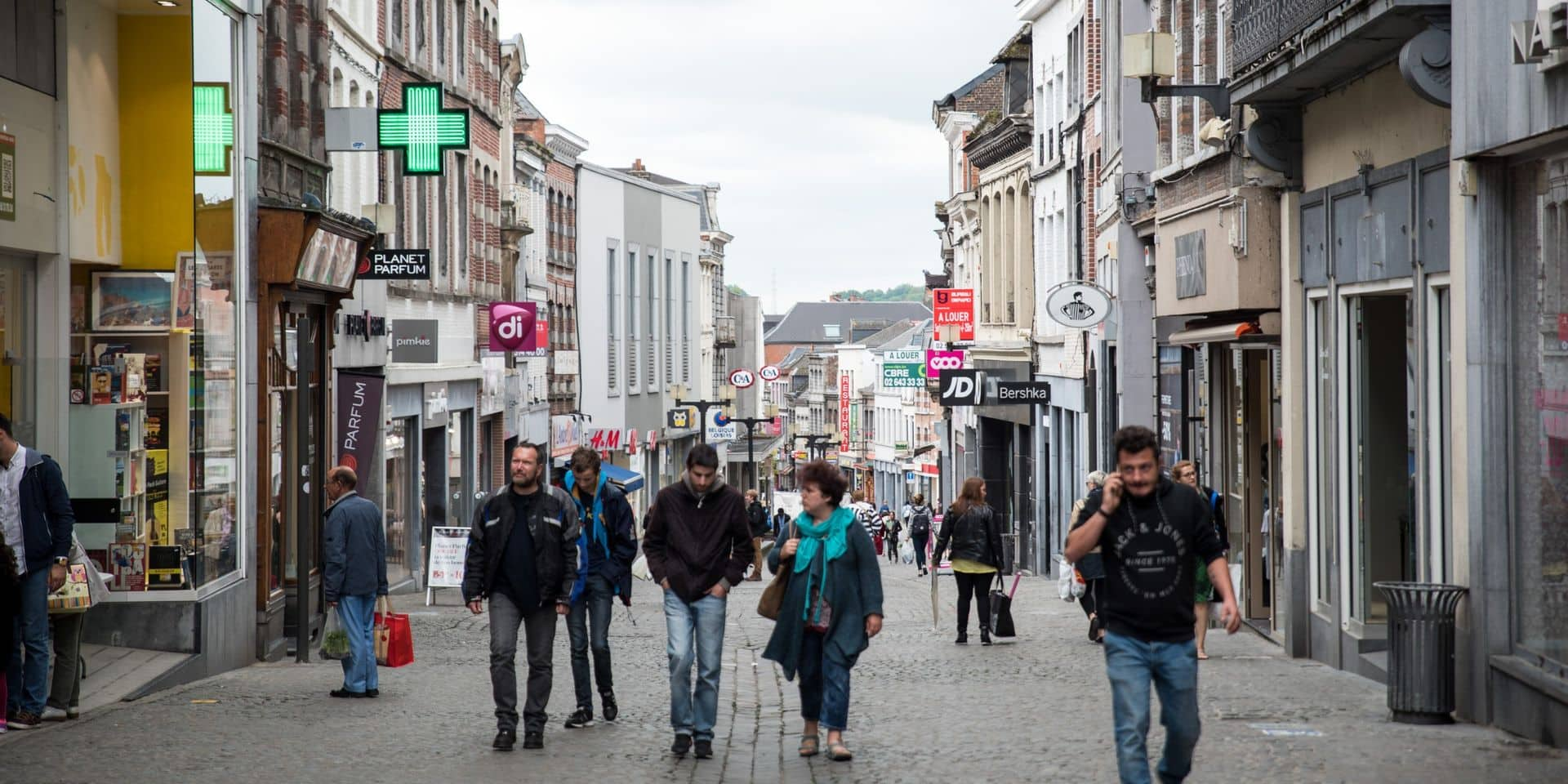 Mons: La Ville trop interventionniste dans le piétonnier? La majorité assume