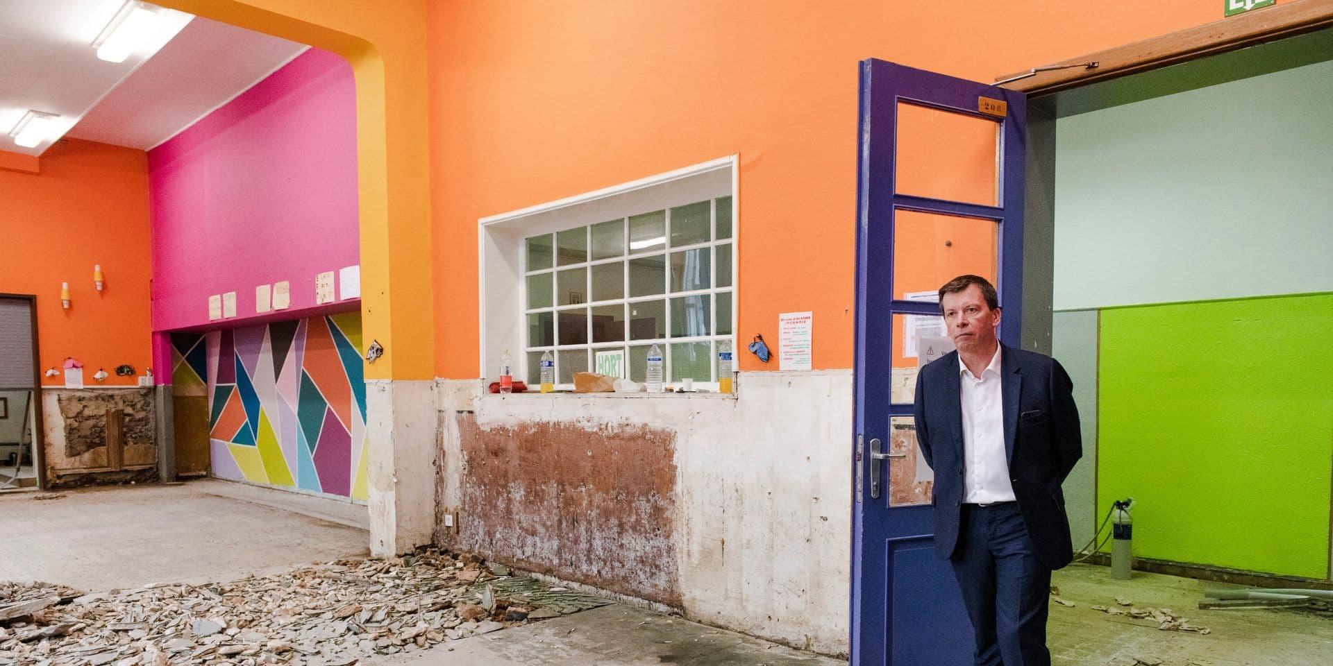 """Accord budgétaire pour la FWB : des investissements """"exceptionnels"""" dans les bâtiments scolaires en 2022"""