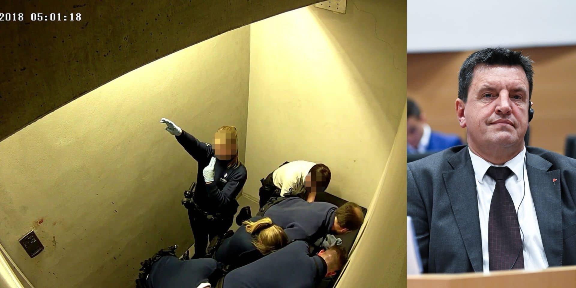"""Salut nazi à la police: """"Ce n'est pas un cas unique, il faut dénoncer ces situations qui sont inacceptables!"""""""