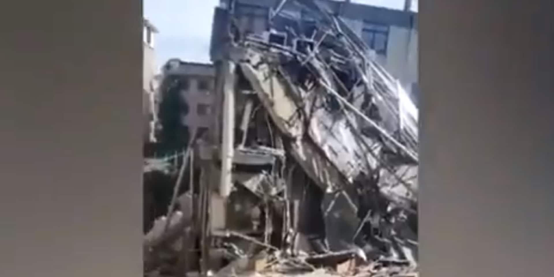 Un hôtel s'effondre en Chine, au moins un mort et 10 disparus
