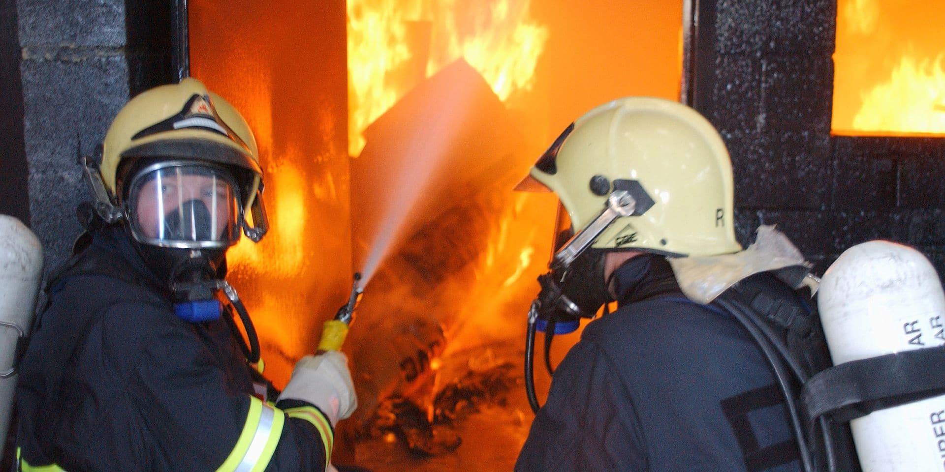 Incendie dans un hangar à Baisy-Thy