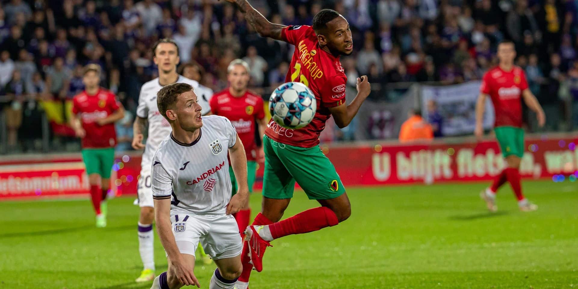 Gomez solide, Hoedt fébrile : les notes des Anderlechtois face à Ostende