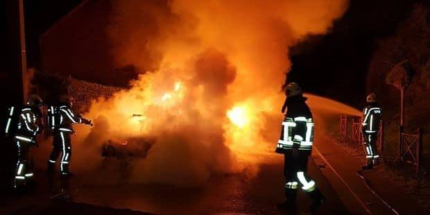 Engis/Villers-le-Bouillet: Cinq voitures incendiées - La DH