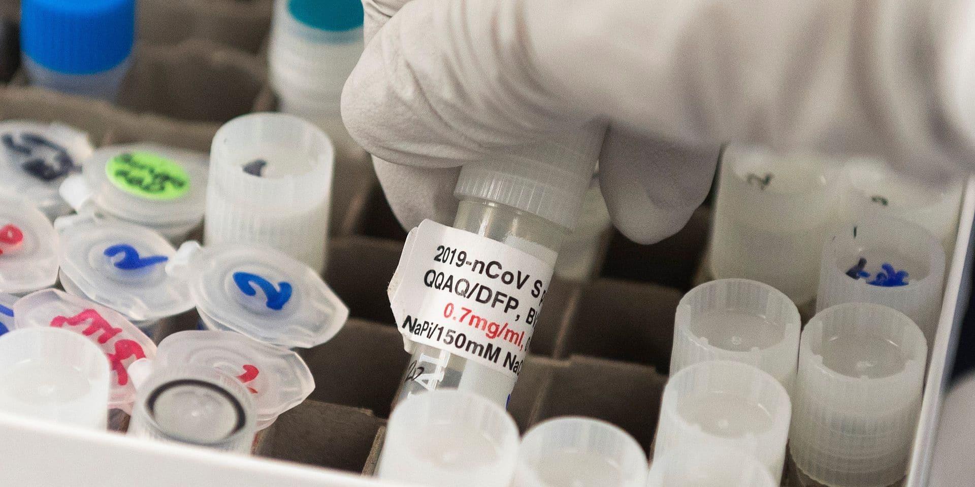 Coronavirus: pas de vaccin avant 18 mois
