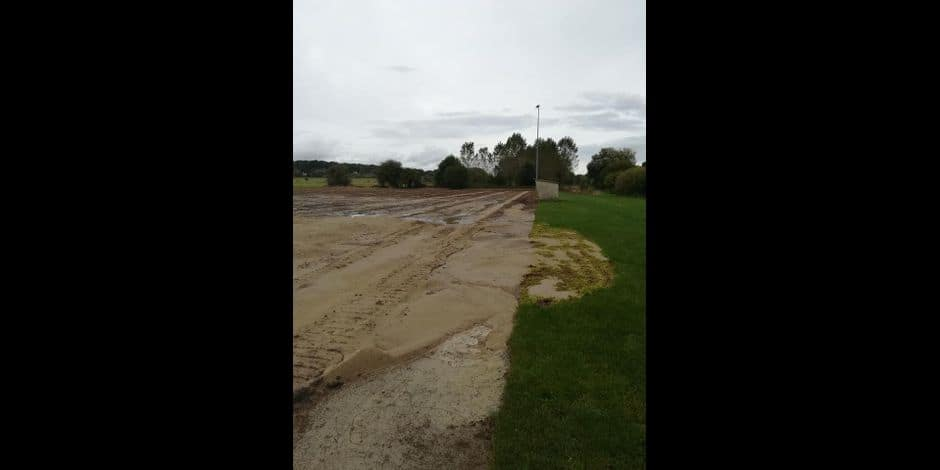 Sirault: un terrain flambant neuf pour le football et le rugby