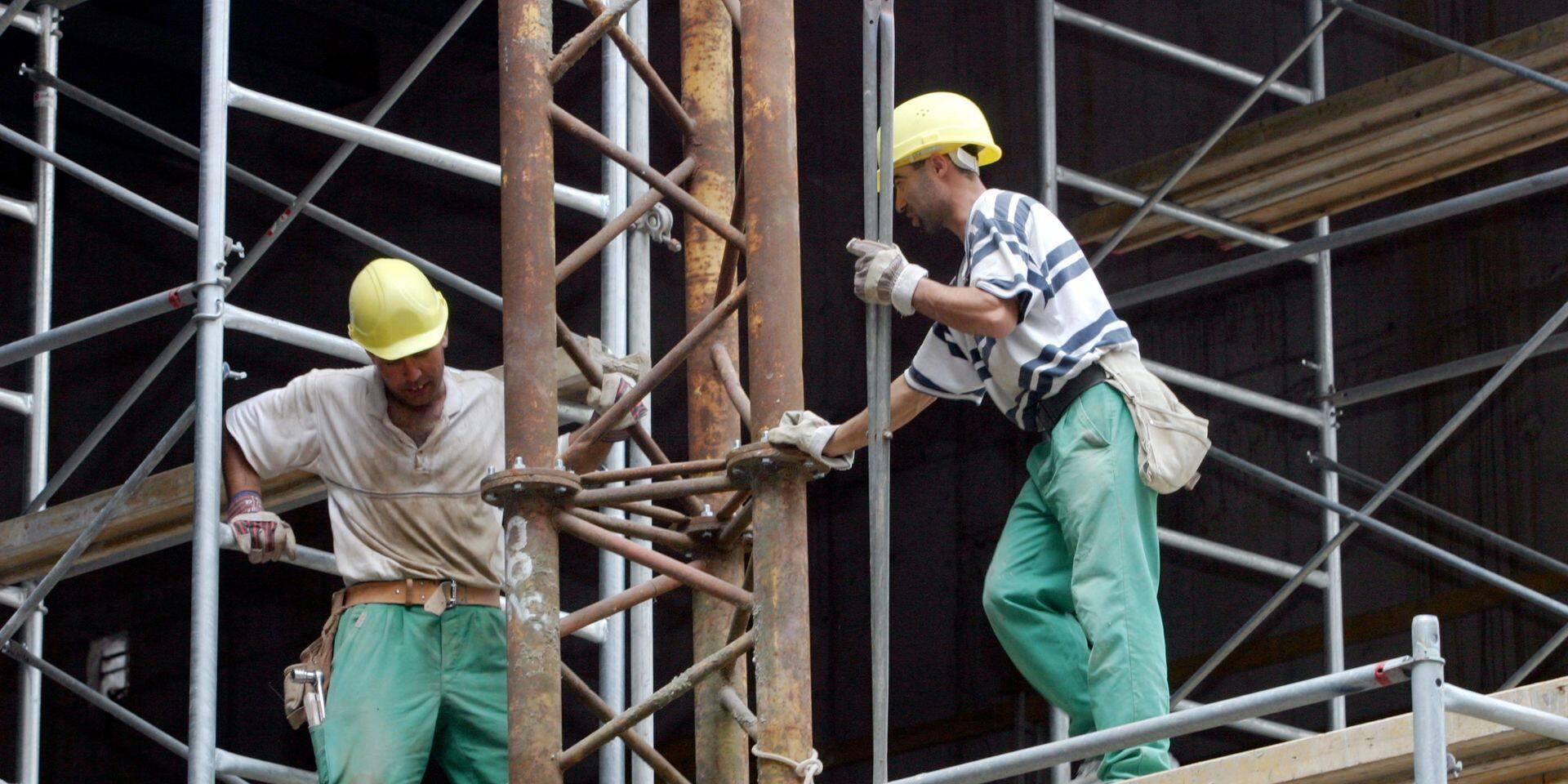 La quarantaine de dix jours pourrait entraver le fonctionnement des chantiers