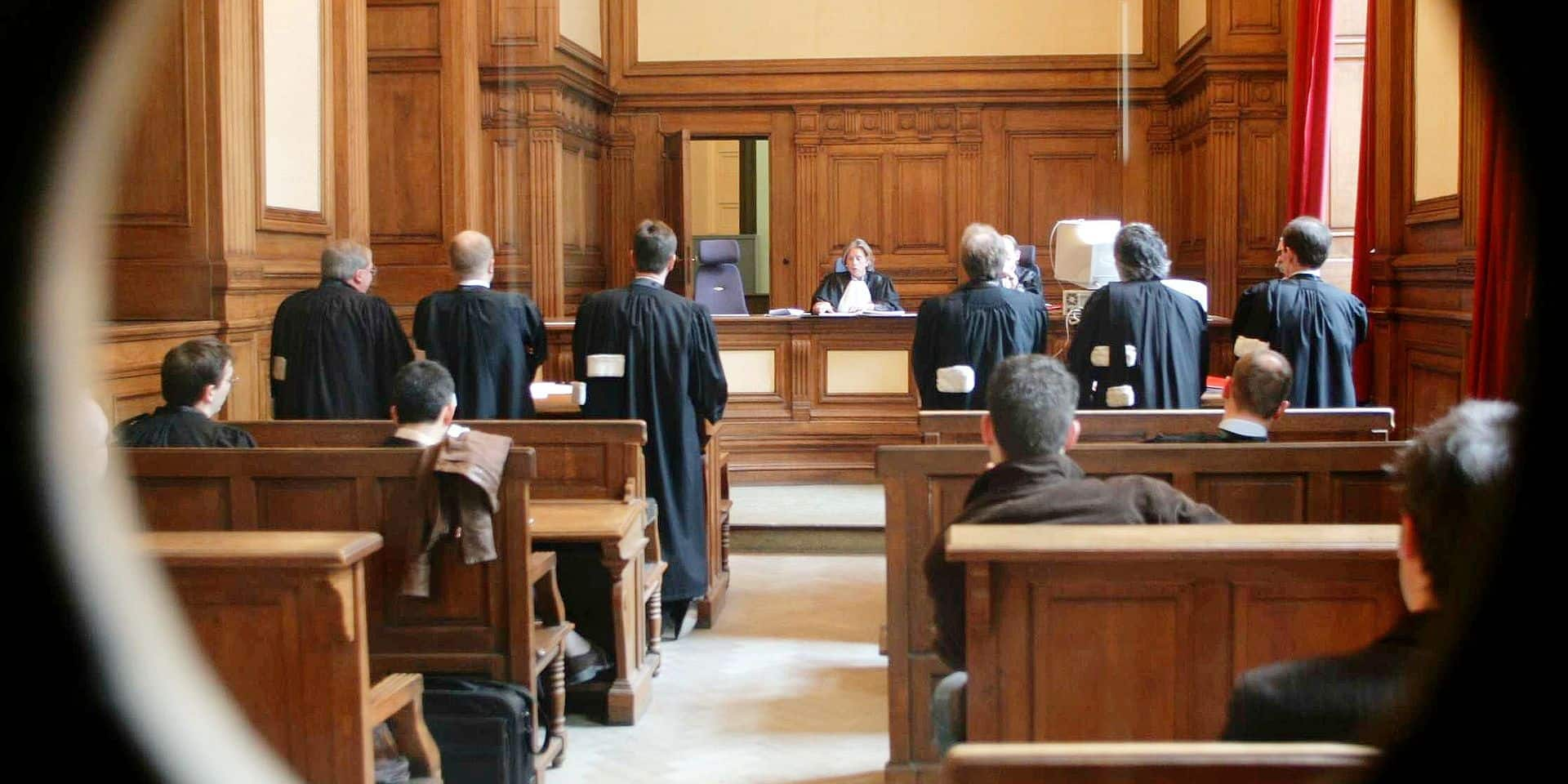 Une Néolouvaniste condamnée à 15 mois ferme pour avoir escroqué un couple de nonagénaires