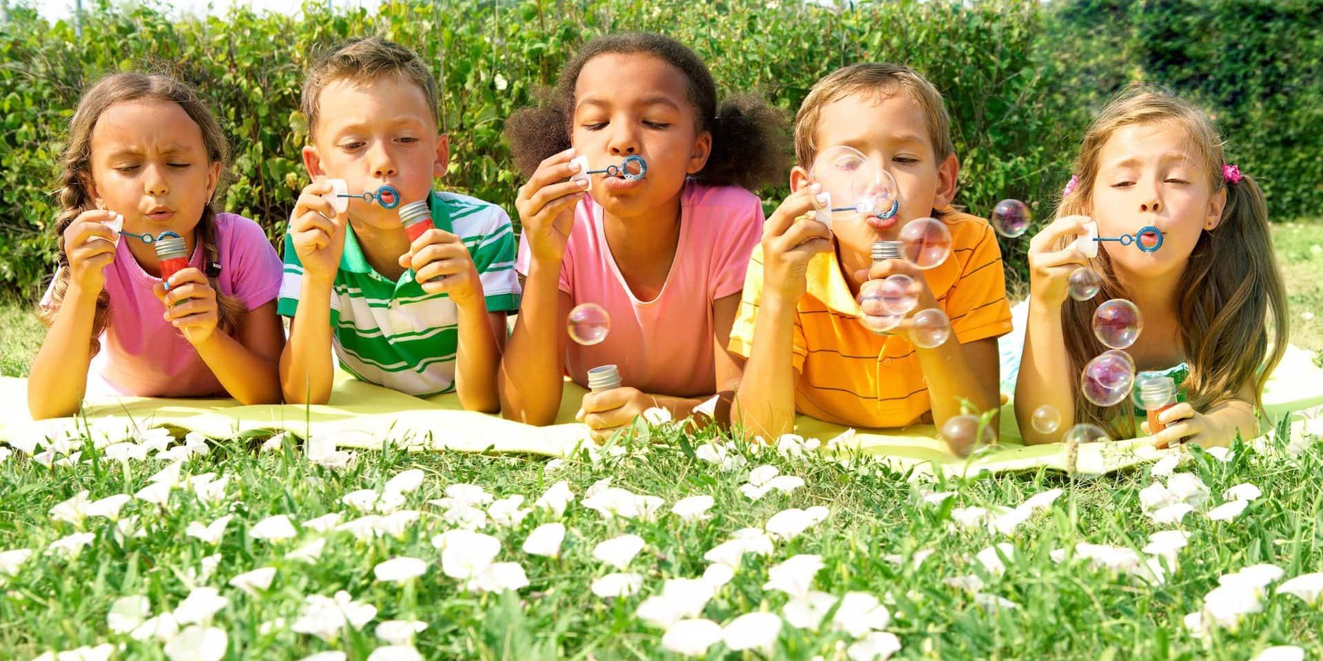 Les enfants de moins de douze ans peuvent sauter d'une bulle à l'autre : non-sens !