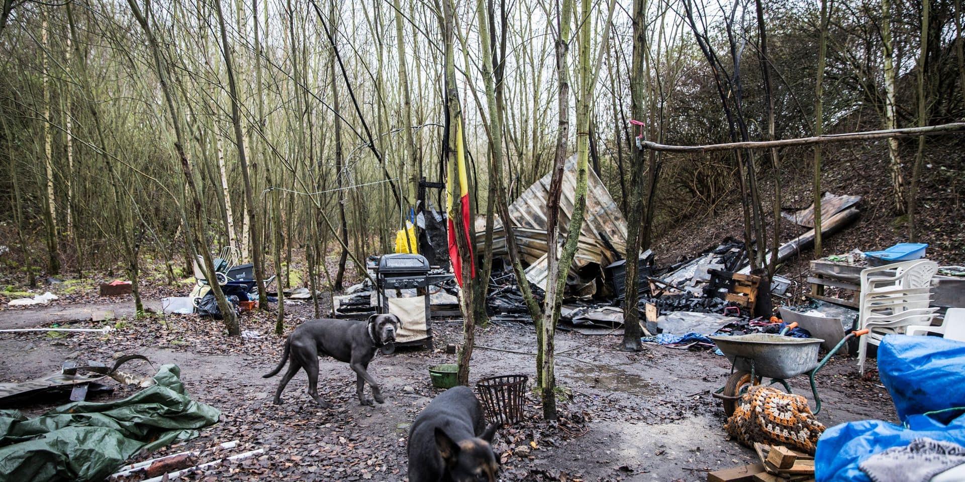 Incendie sur le camp de SDF de la Chartreuse