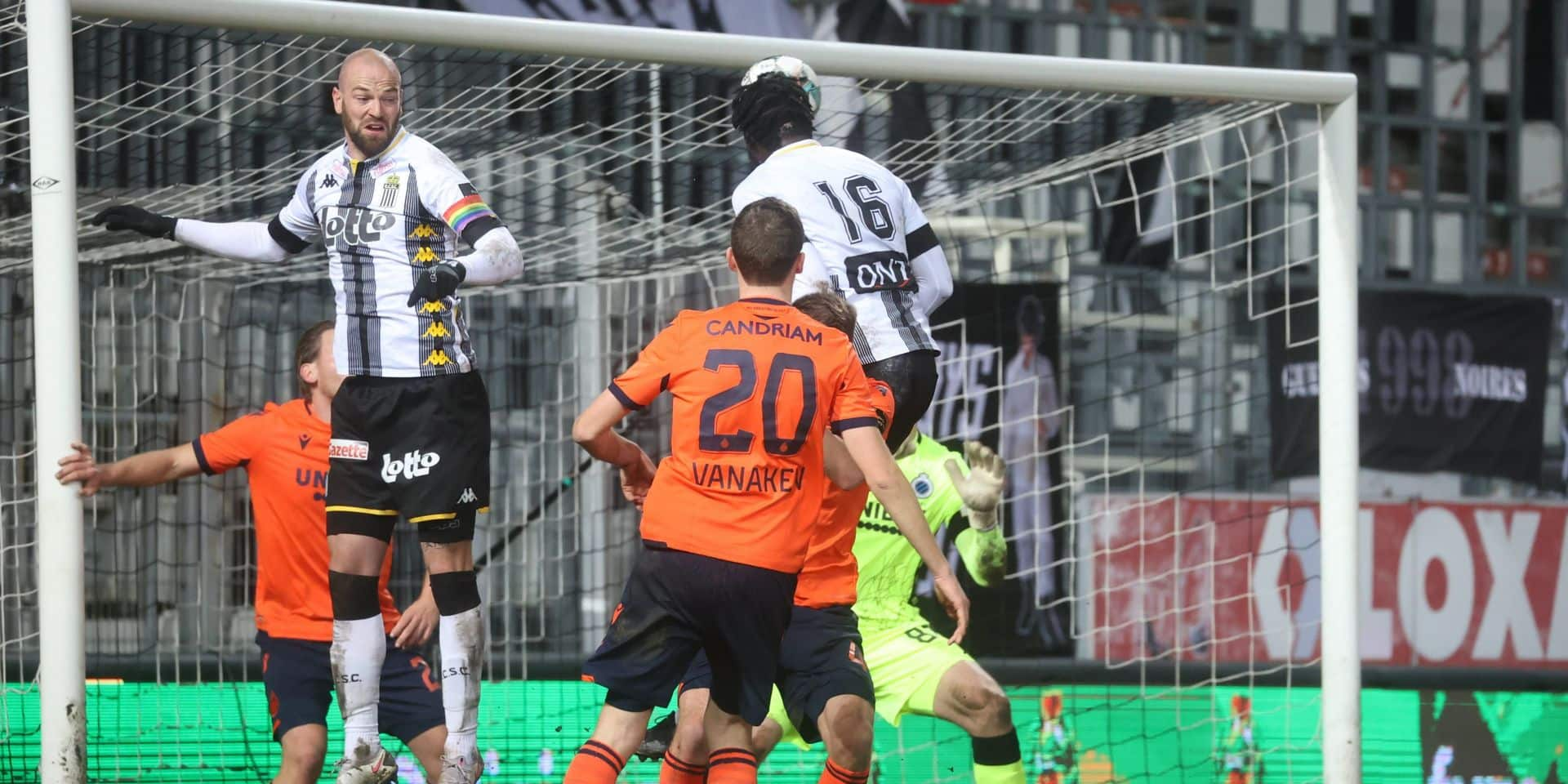 Charleroi arrache le match nul à la 90e face à Bruges (1-1)