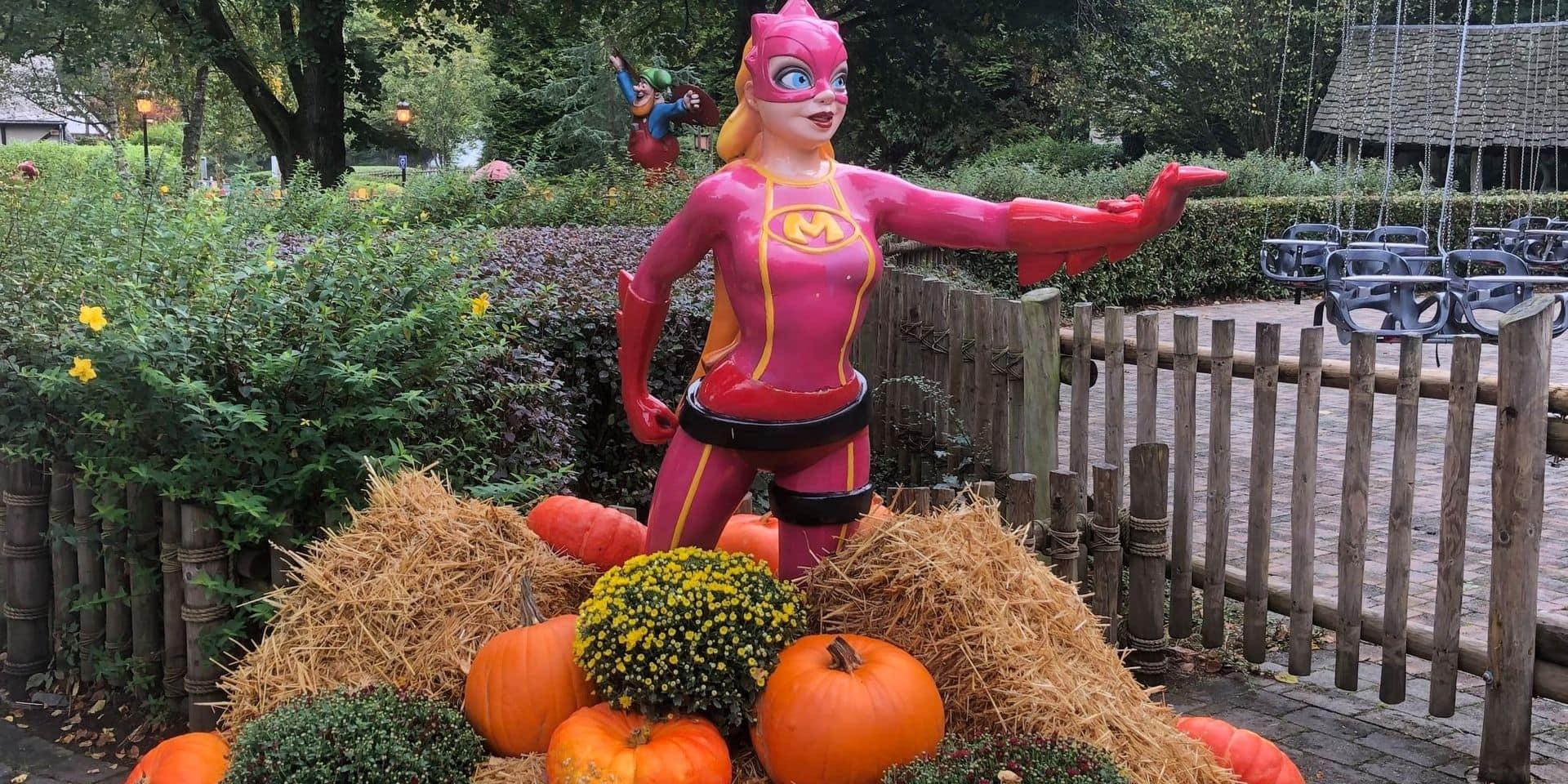 Plopsa donne sa décoration d'Halloween au village de Coo
