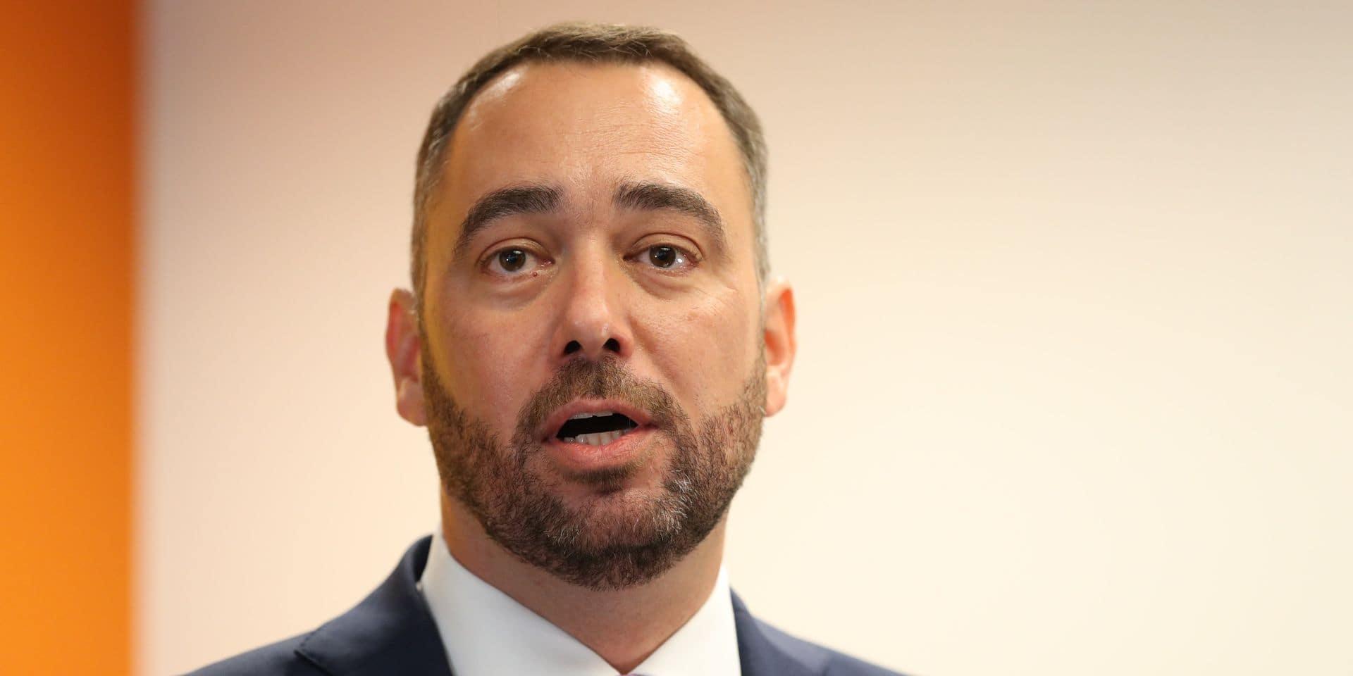 """Ecarté de la formation fédérale, le CDH poursuivra son travail d'opposition: """"Ils ne souhaitent pas nous faire monter sur le terrain"""""""