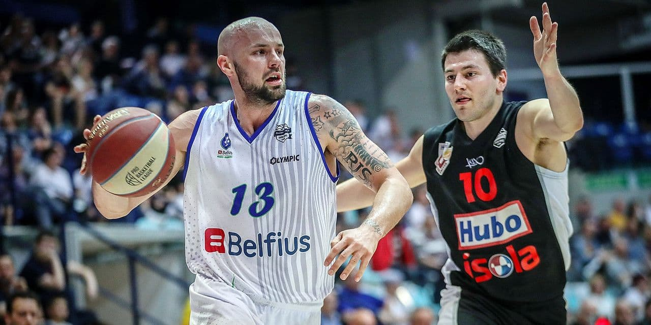 Mons 20/04/2019 Basket/EuroMillions League/Game 28/Mons-Limburg/ Smith N°13 Mons-Depuydt N°10 Limburg PHOTO : BENOIT BOUCHEZ Copyright PHOTO NEWS 2019