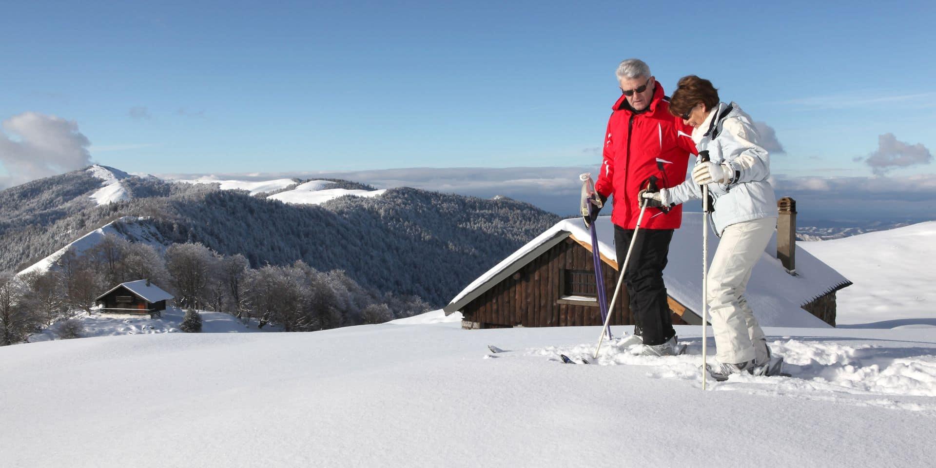 Comment les seniors doivent se préparer pour partir skier